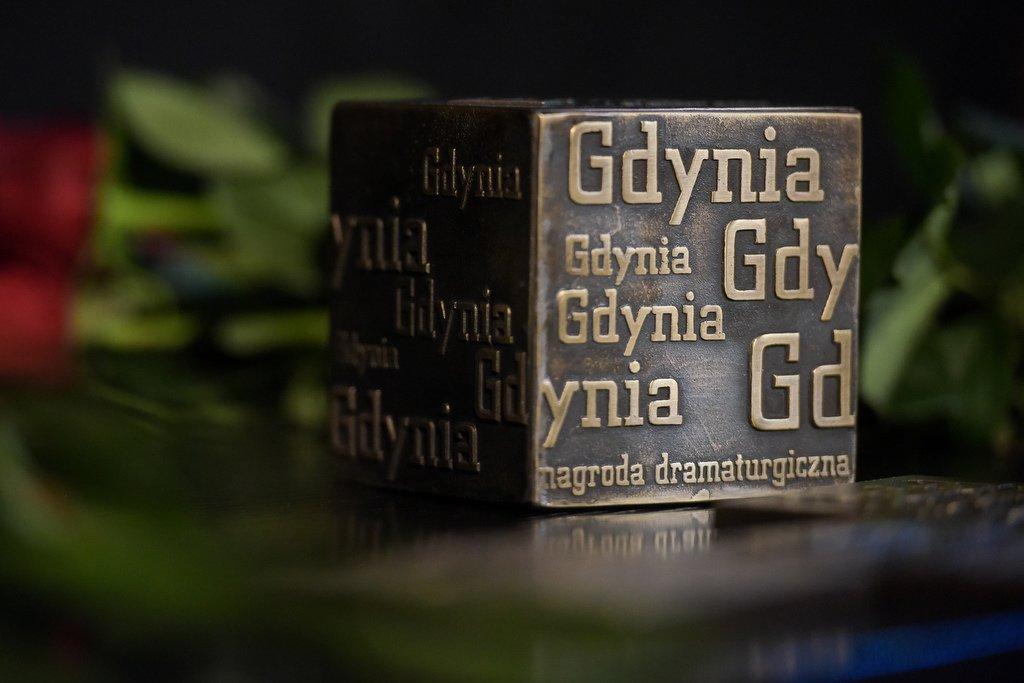 Statuetka Gdyńskiej Nagrody Dramaturgicznej // fot. Roman Jocher