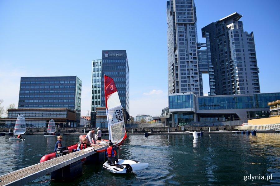 Oficjalnie powitanie pierwszej jednostki korzystającej z Mariny Yacht Park, fot. Kamil Złoch