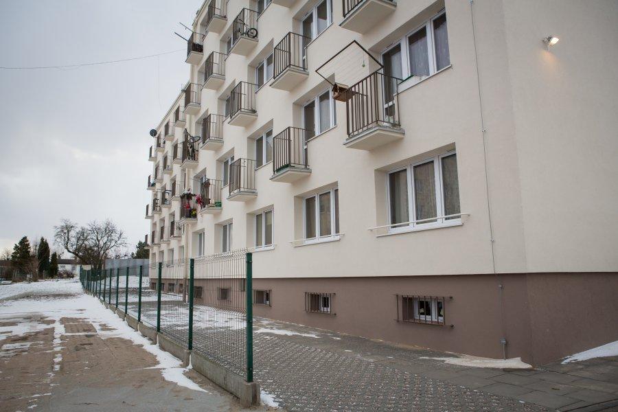 Zakończył się kompleksowy remont bloku przy ul. Dickmana 38