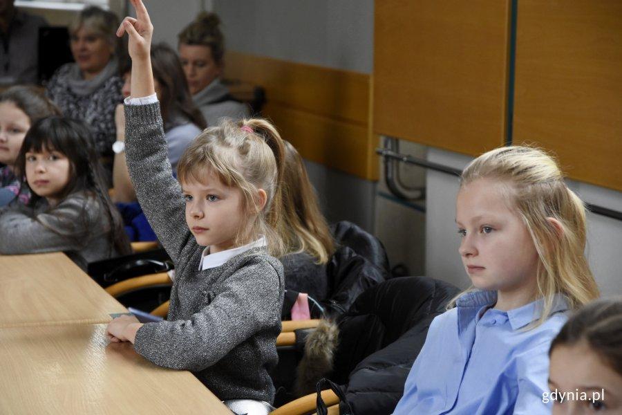Ratusz odwiedzili uczniowie IV klasy Szkoły Podstawowej nr 48 na Chwarznie-Wiczlinie, fot. Jan Ziarnicki
