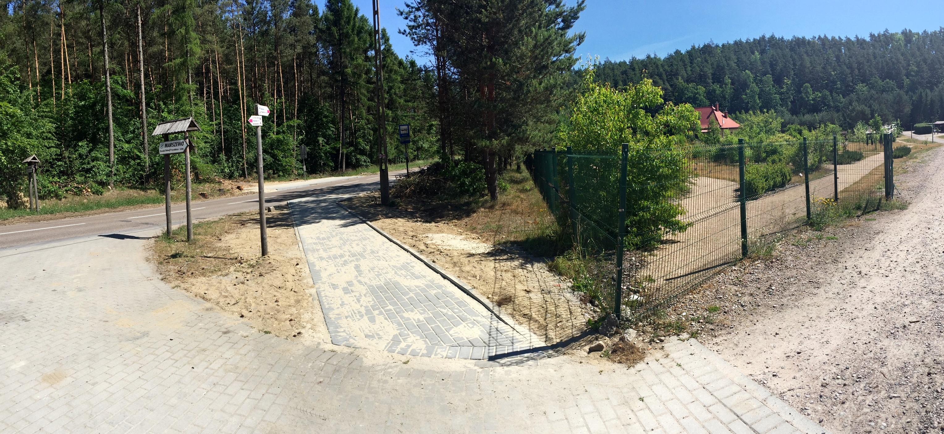 Oprócz przystanków przebudowano także dojścia do Leśnego Ogrodu Botanicznego w Marszewie, fot. ZDiZ
