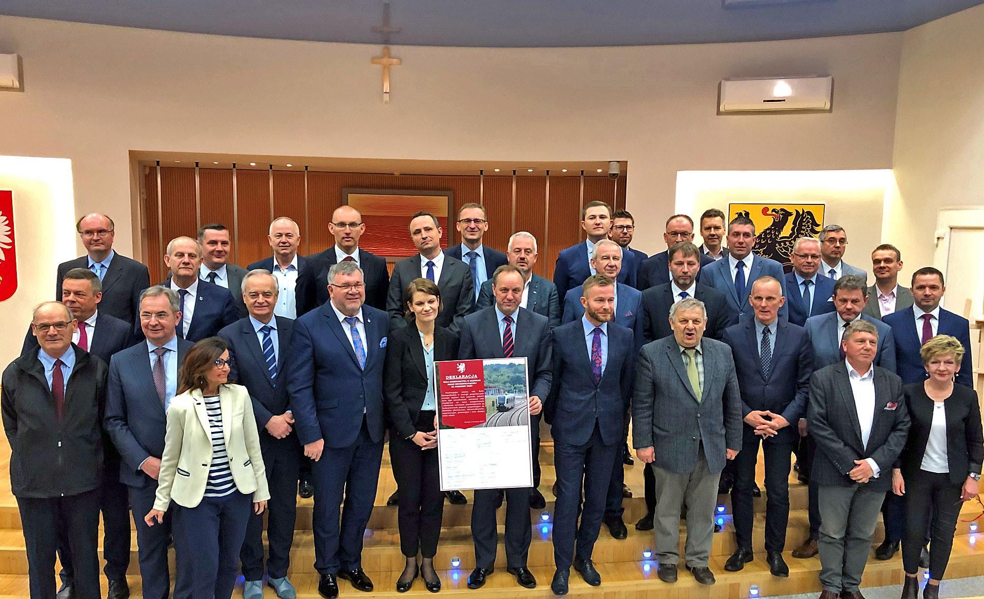 Sygnatariusze deklaracji / fot. Aleksander Olszak