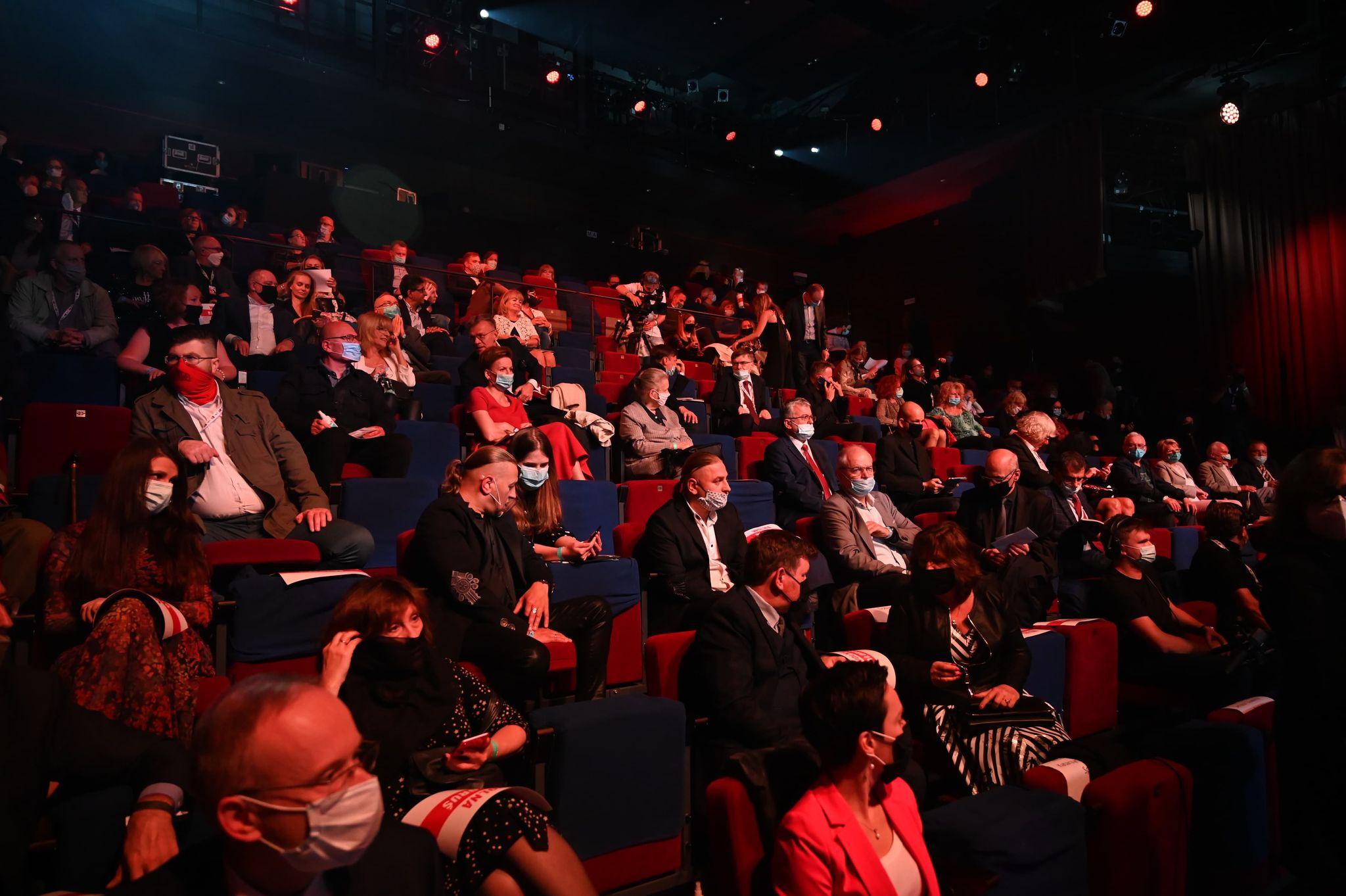 Widownia podczas gali finałowej Festiwalu NNW, fot. Michal Puszczewicz