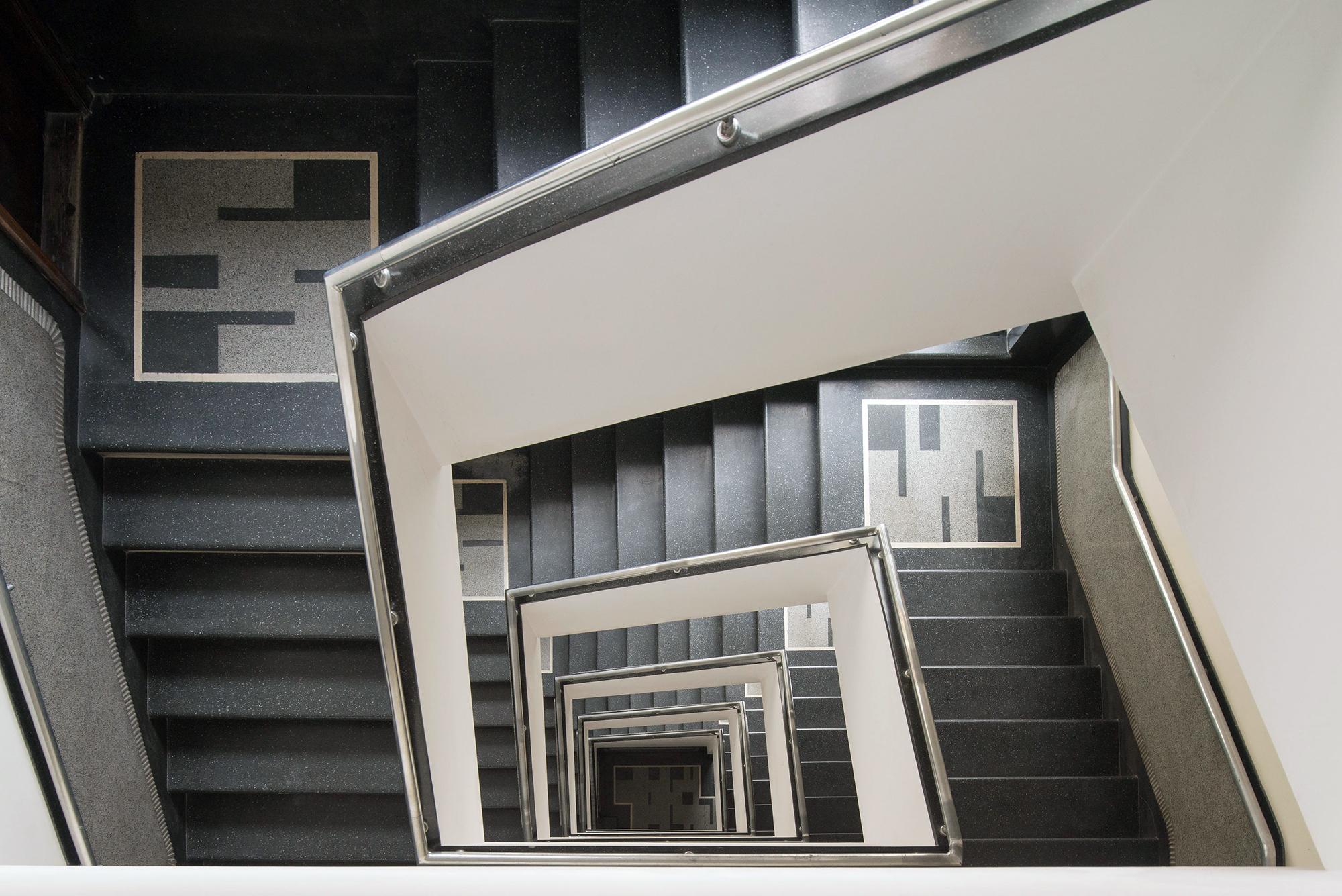 Dusza klatki schodowej w kamienicy przy ul. Abrahama 28