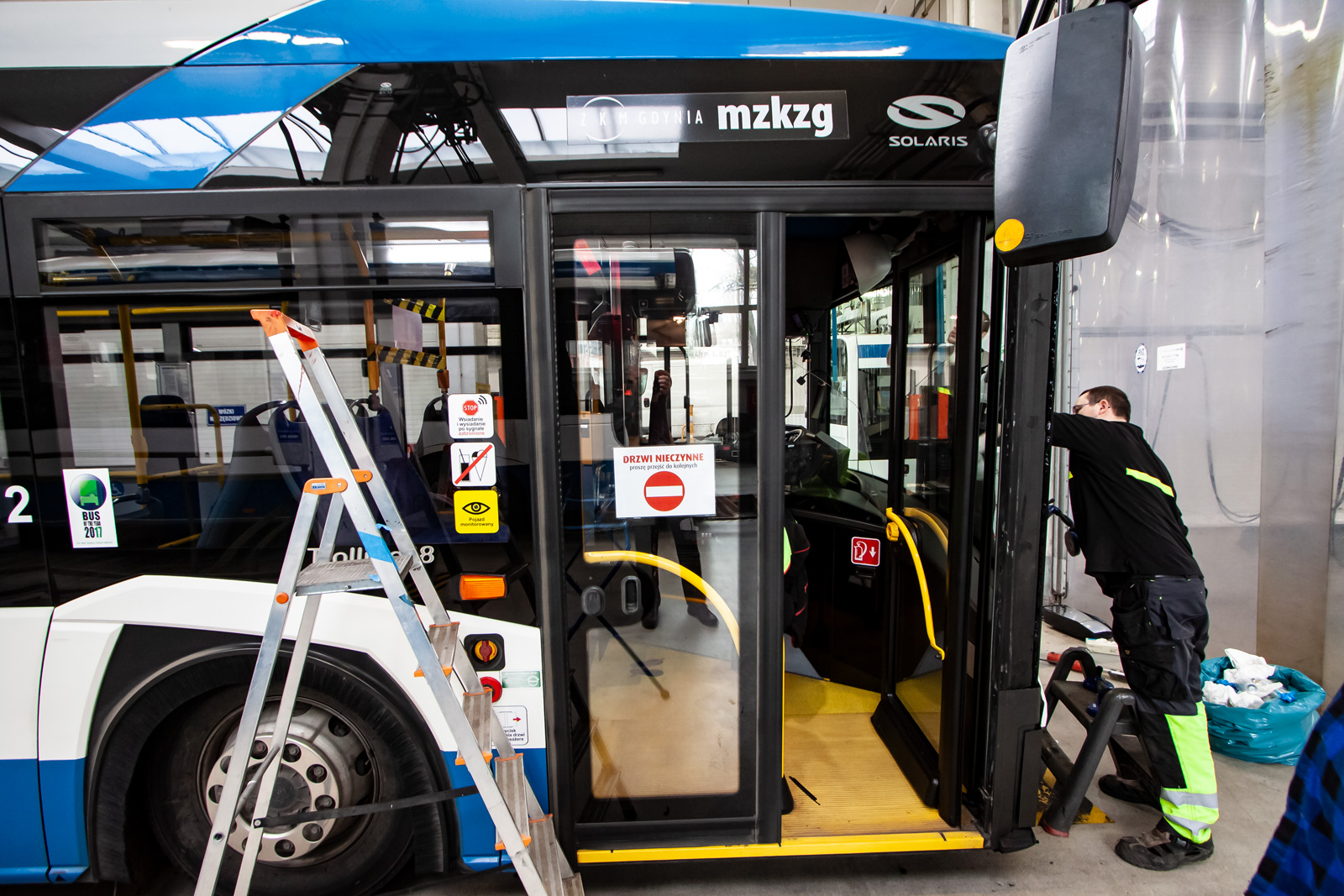 Przód autobusów ZKM zostanie wydzielony taśmami, fot. ZKM Gdynia