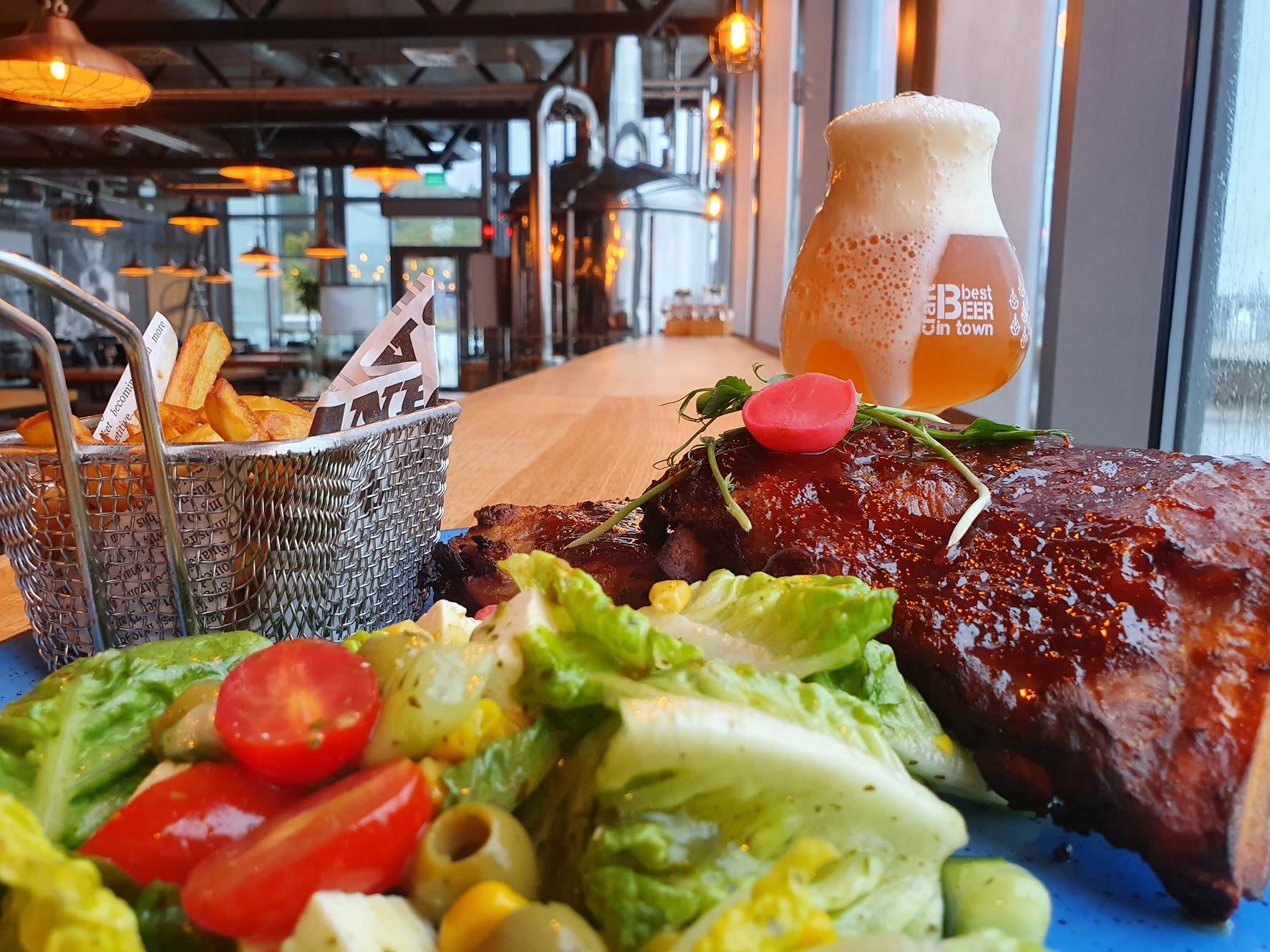 Propozycja dania na wynos z restauracji Browar Port Gdynia. Źródło: Browar Port Gdynia