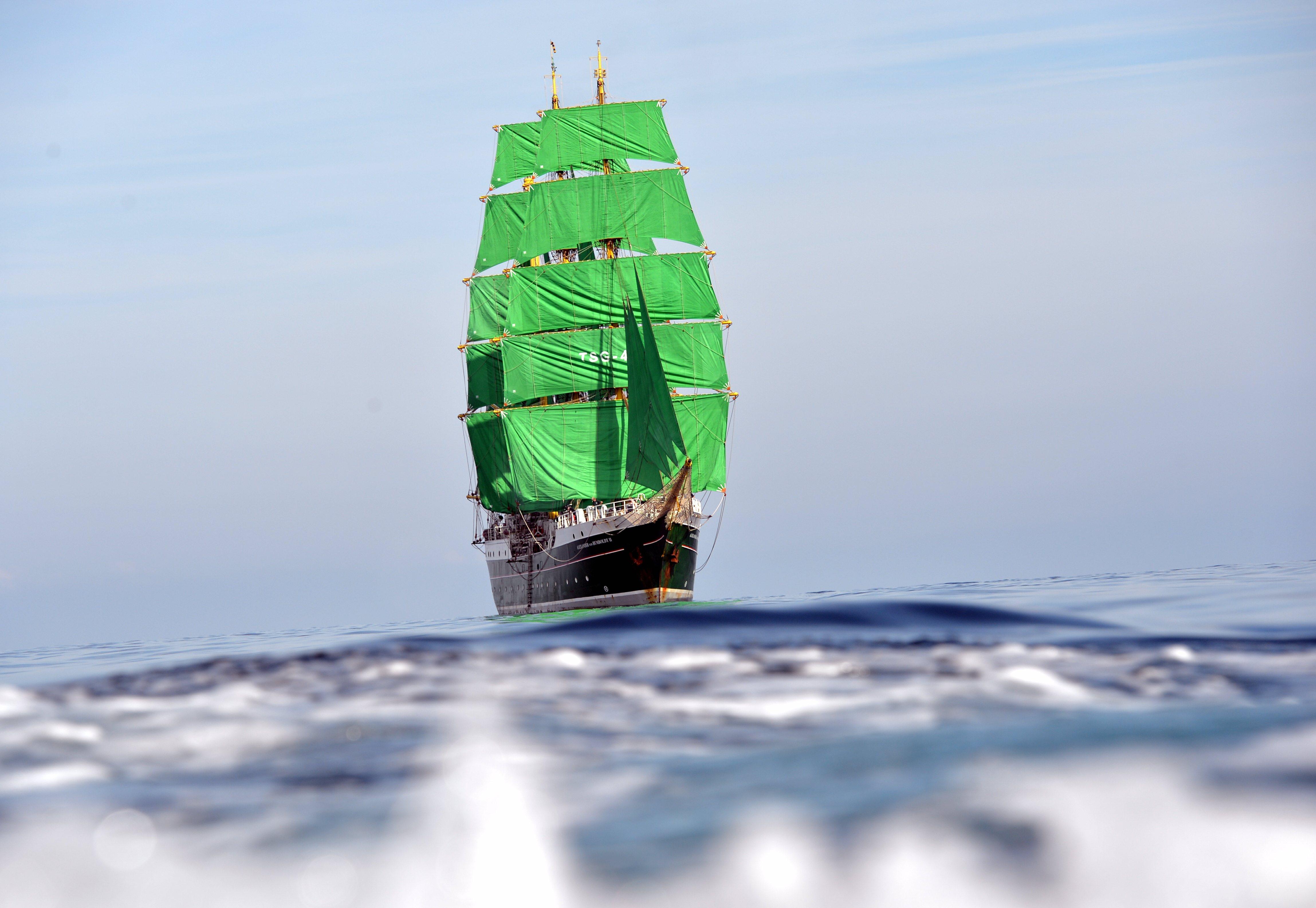 Charakterystyczny zielony żaglowiec zacumuje w Gdyni aż na 3 dni, fot. Deutsche Stiftung Sail Training / www.alex-2.de