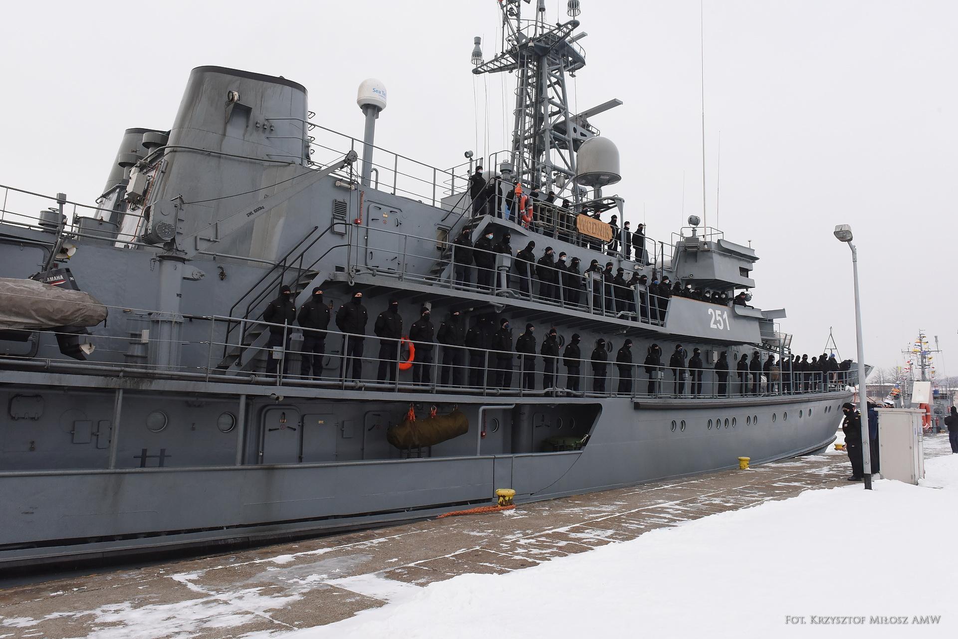 """ORP """"Wodnik"""" po powrocie do Portu Wojennego w Gdyni, fot. kpt. mar. Jakub Piechota / 3.FO"""