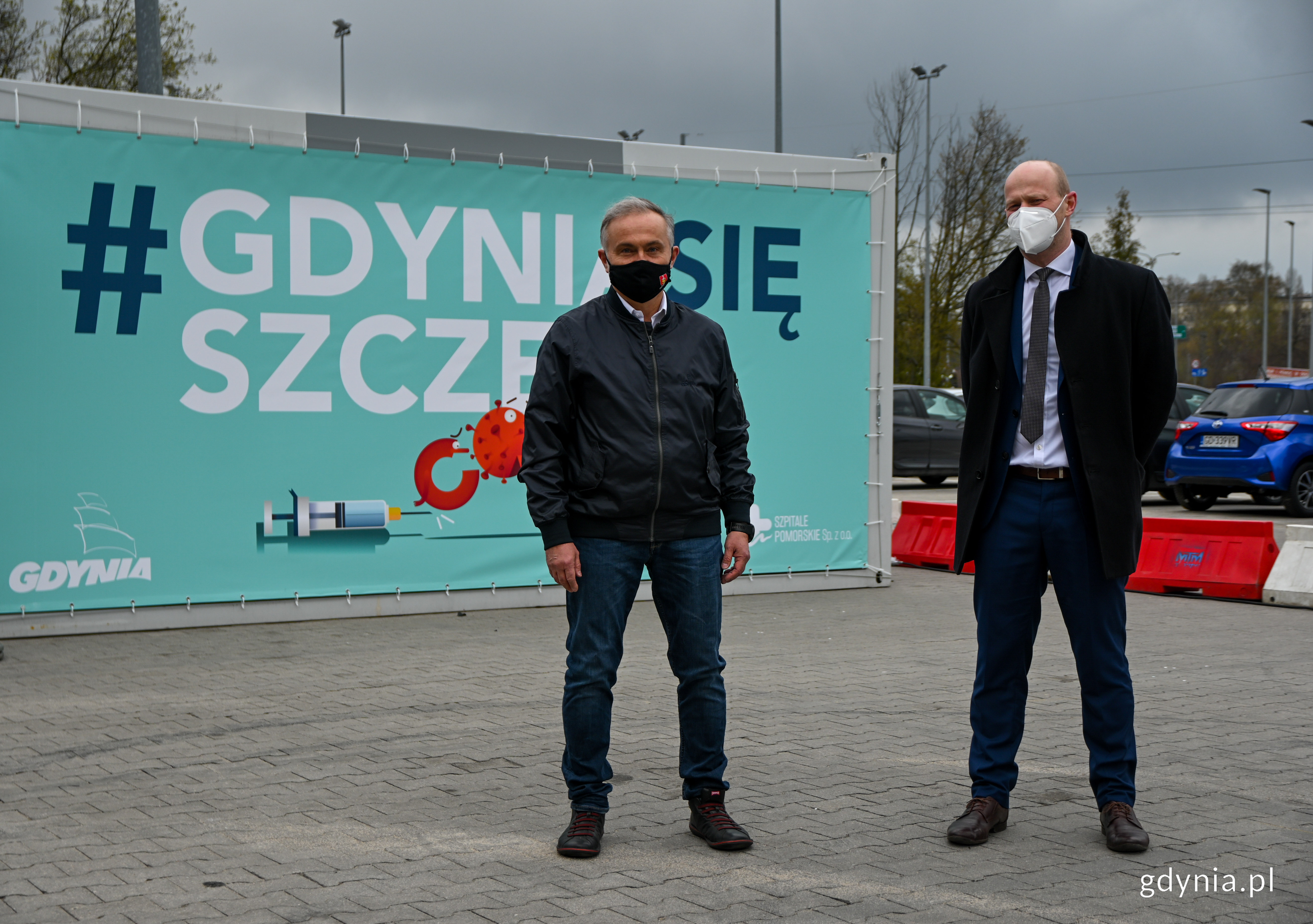 Na zdjęciu prezydent Gdyni - Wojciech Szczurek i wiceprezydent Gdyni ds. jakości życia - Bartosz Bartoszewicz // fot. Marcin Mielewski