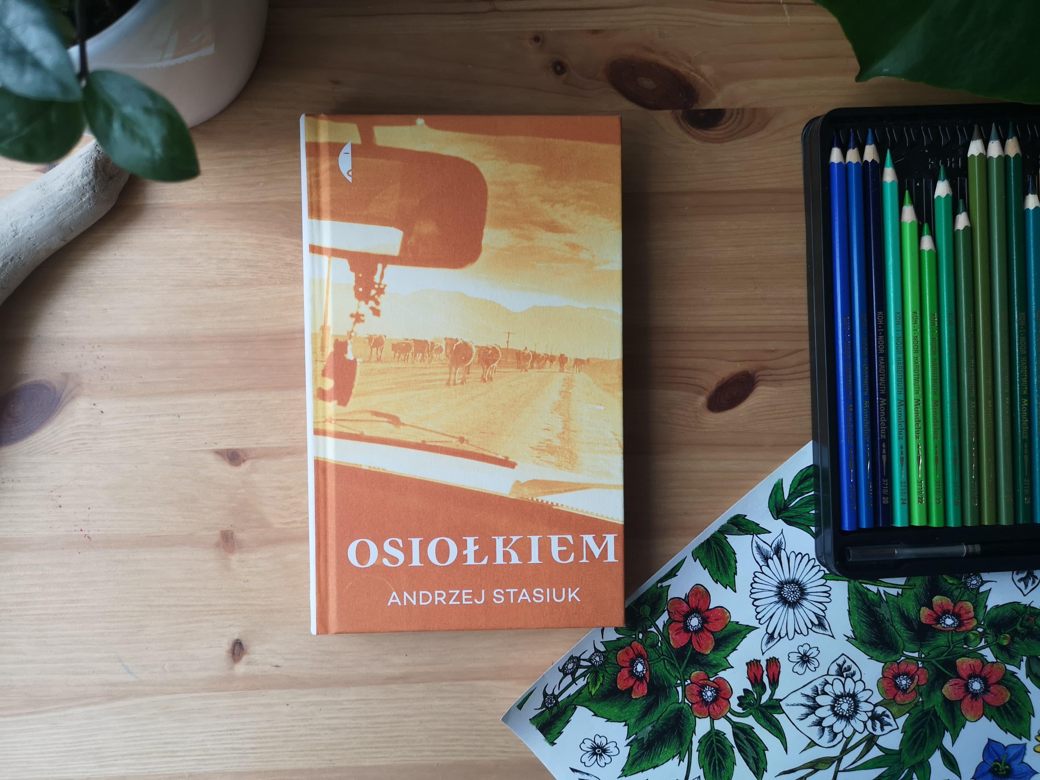 """""""Osiołkiem"""" Andrzej Stasiuk. Fot. Archiwum Biblioteki gdynia"""