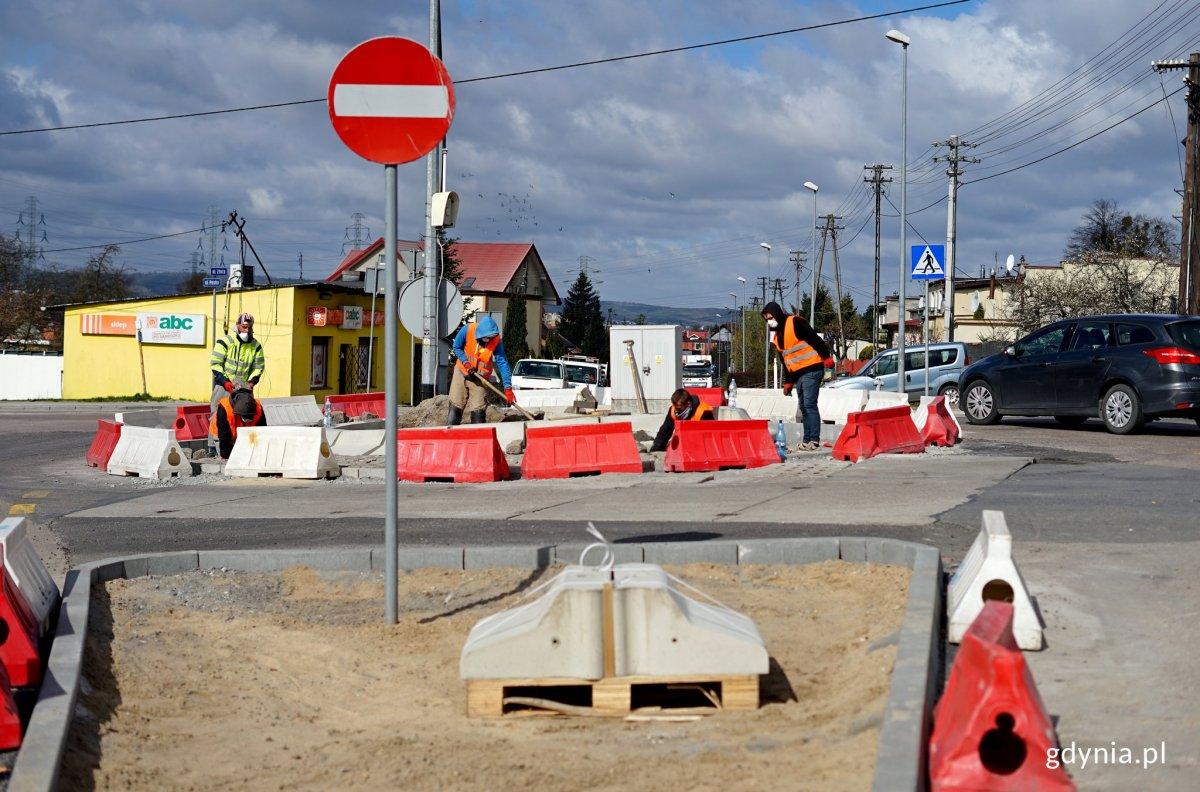 Budowa nowego rona na newraglicznym skrzyżowaniu na Pogórzu, fot. Kamil Złoch