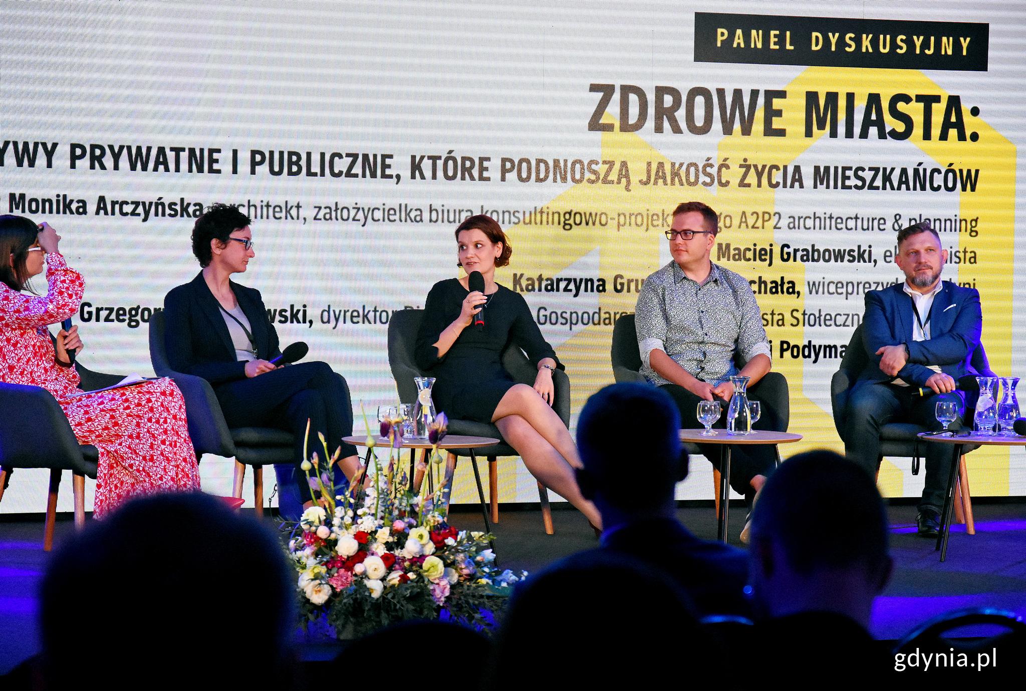 Jedna z debat z udziałem Katarzyny Gruszeckiej-Spychały, wiceprezydent Gdyni ds. gospodarki, fot. Kamil Złoch