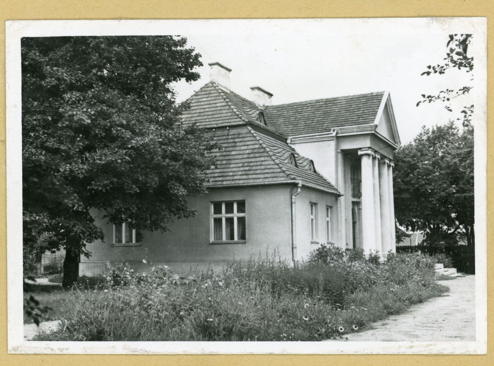 Perły: Drobna korekta - o konserwacji architektury niemodernistycznej Gdyni - wykład