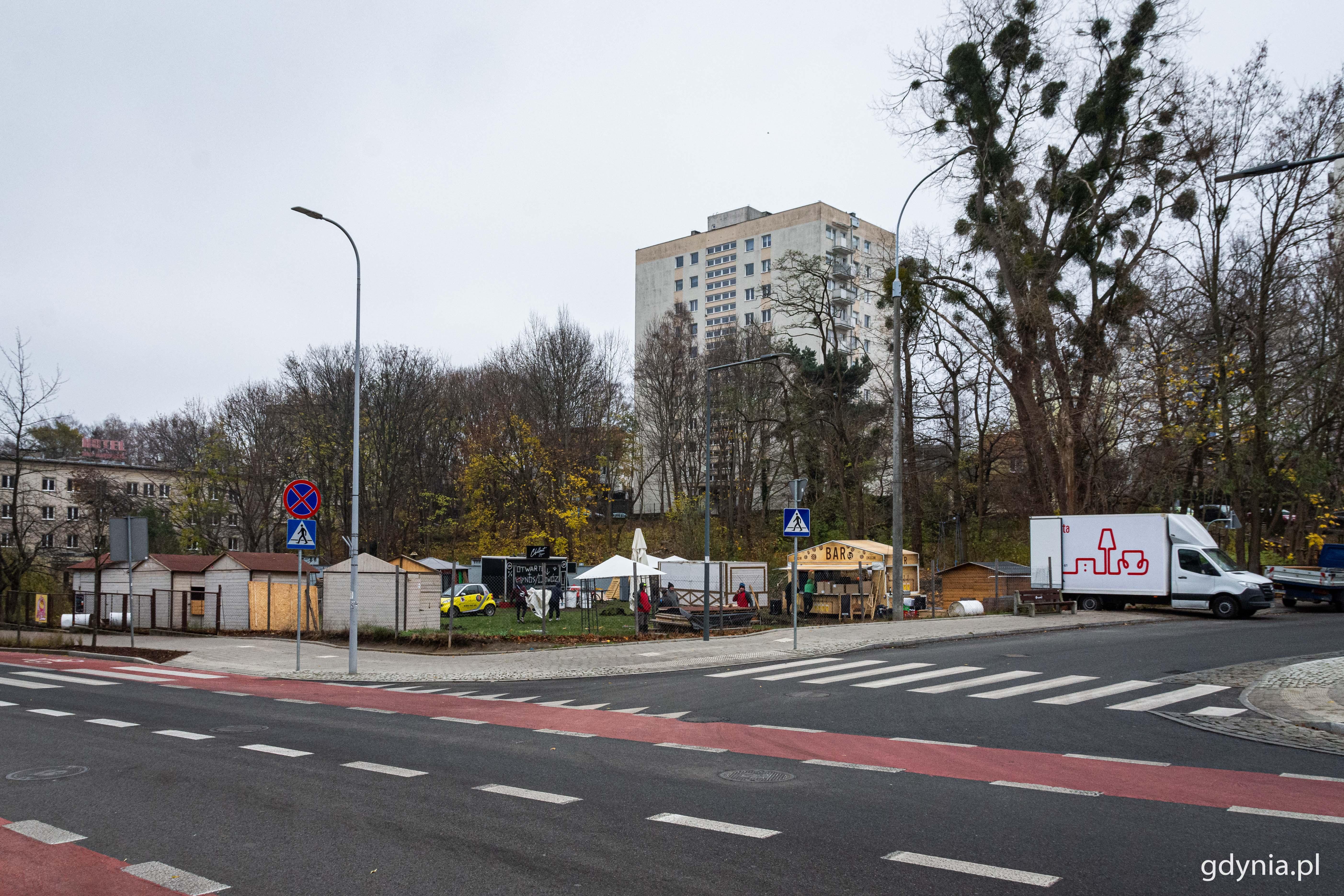 W tym miejscu powstaje prywatny jarmark świąteczny, fot. gdynia.pl