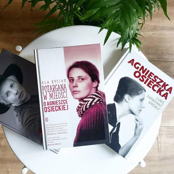 Książki o Agnieszce Osieckiej, fot. Biblioteka Gdynia