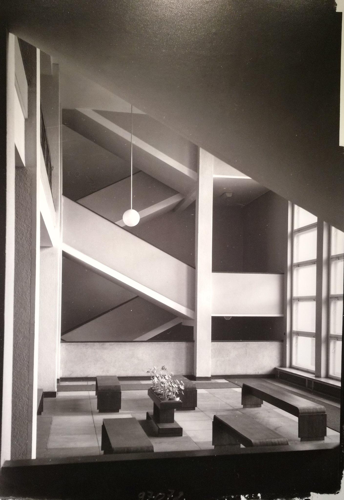 Wnętrze holu - zdjęcie archiwalne z 1936 r., fot. Czesław Olszewski