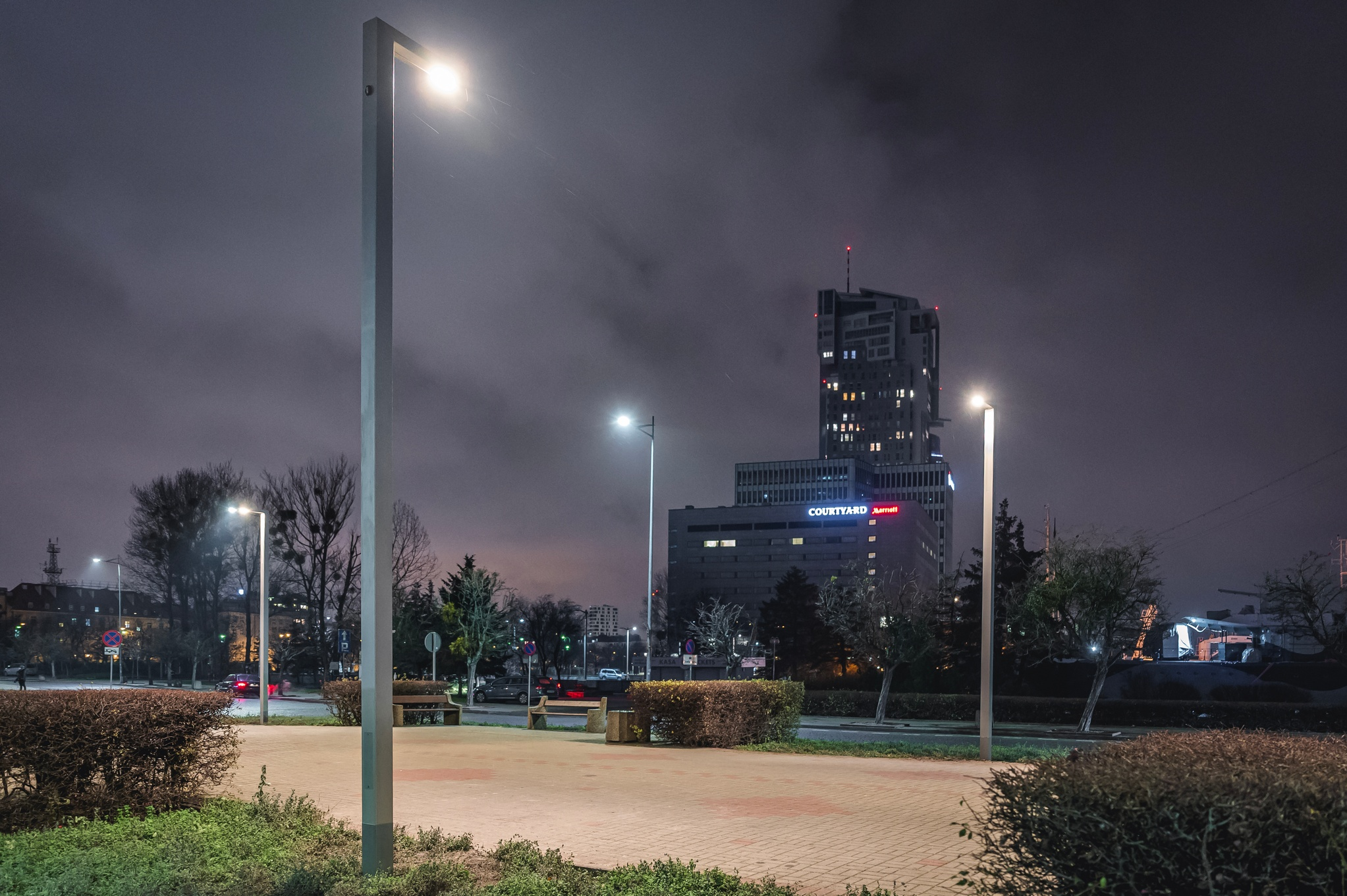 Energoosczędne latarnie na skwerze Kościuszki //fot. #dzielnicewGdyni