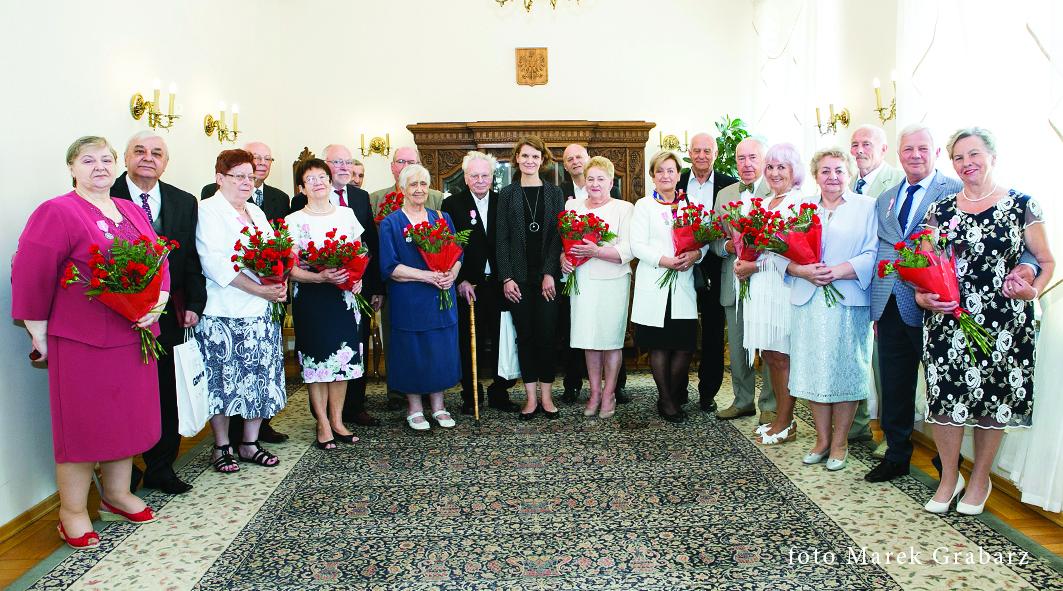 Nagrodzeni medalami za długoletniepożycie małżeńskie - ceremonia o godz. 13.00 // fot. Marek Grabarz