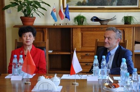 Podpisanie umowy o współpracy miast siostrzanych z Haikou, fot. Michał Kowalski