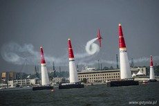 Red Bull Air Race - Pete McLeod, fot. Sebastian Marko Red Bull Content Pool