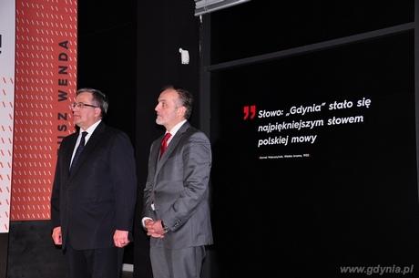 Prezydent RP Bronisław Komorowski oraz  Prezydent Gdyni Wojciech Szczurek w Muzeum Miasta Gdyni, fot. Michał Kowalski