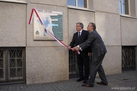 Uroczyste odsłonięcie tablicy upamiętniającej nadanie gdyńskiemu Śródmieściu tytułu Pomnika Historii, fot. Dorota Nelke