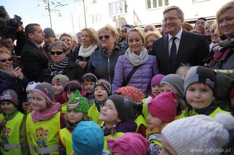 Prezydent RP Bronisław Komorowski z gdyńskimi przedszkolakami, fot. Dorota Nelke