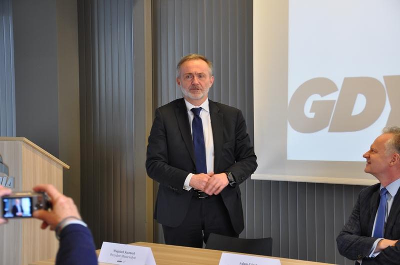 Asseco Data Systems rozpoczyna swoją działalność w Gdyni. Na zdjęciu Prezydent Gdyni Wojciech Szczurek podczas konferencji prasowej na ten temat / fot. Dorota Patzer