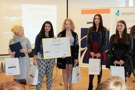 Finaliści konkursu JUNIOR BIZNES, fot. Monika Antkowiak