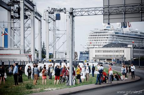 Sentymentalny spacer po porcie w ramach drugiej edycji Migracji | Kreacji, fot. Micha� Szlaga