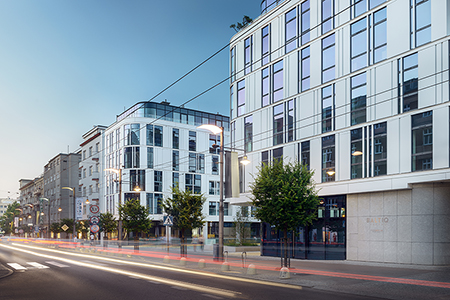 Budynek mieszkalno-usługowy Baltiq Plaza przy ul. Świętojańskiej 43-45.